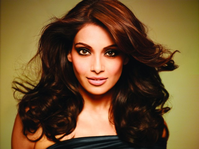 560396-bipasha-basu-wallpapers-hd