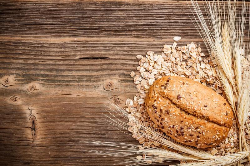 bread-roll-weath-28548319